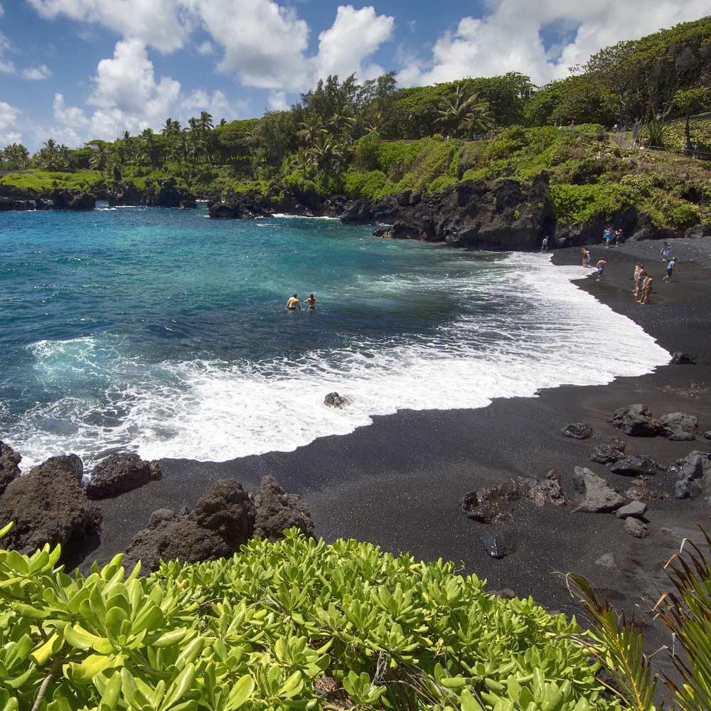 Waiʻanapanapa State Park, Maui