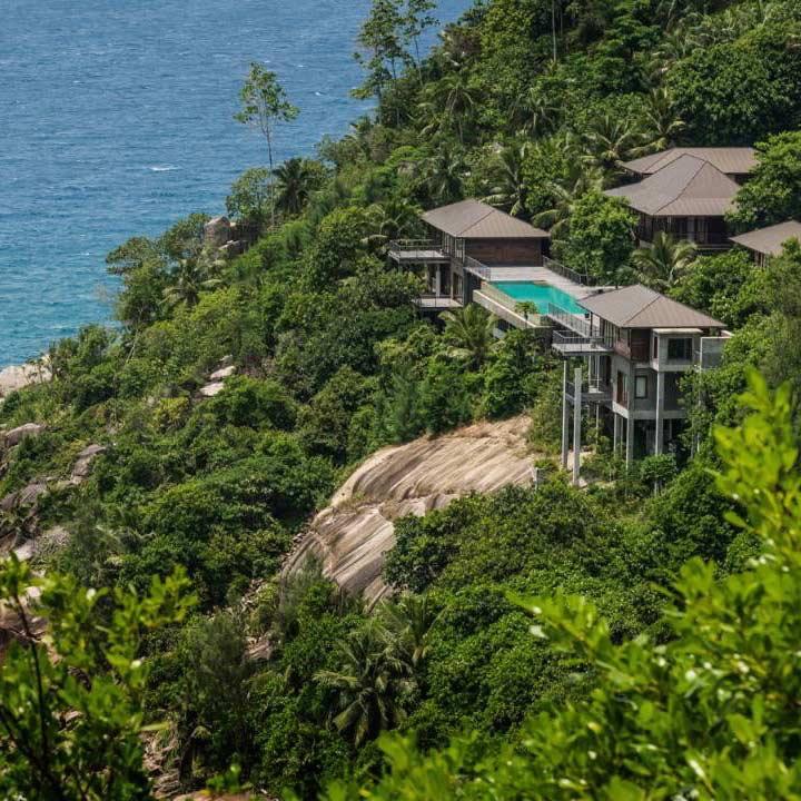 Four Seasons Luxury Resort